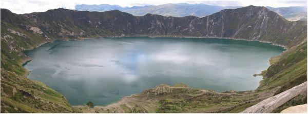 vulcano_crater_lake_cotopaxi